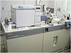質量分析装置